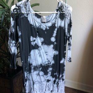 Tie dye black and gray shirt